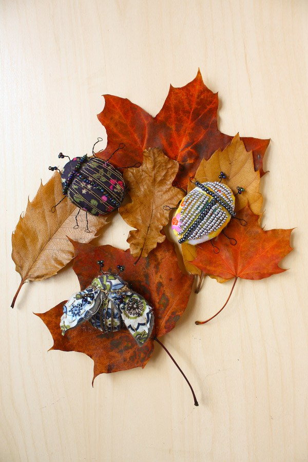 textile-fabric-bug-brooches-29