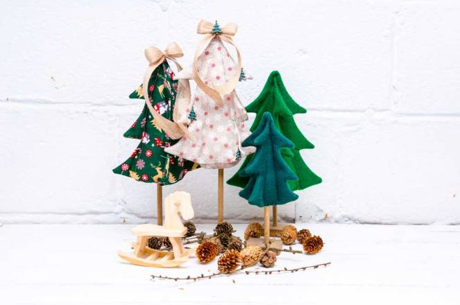 village-christmas-tree