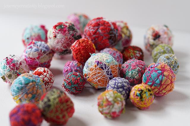 Fabric ball beads