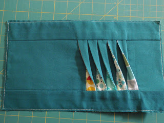 Twisted pleats sewing