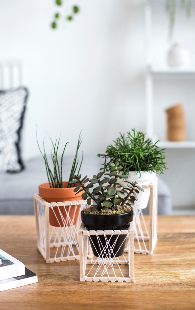 DIY-decorative-plant-stands
