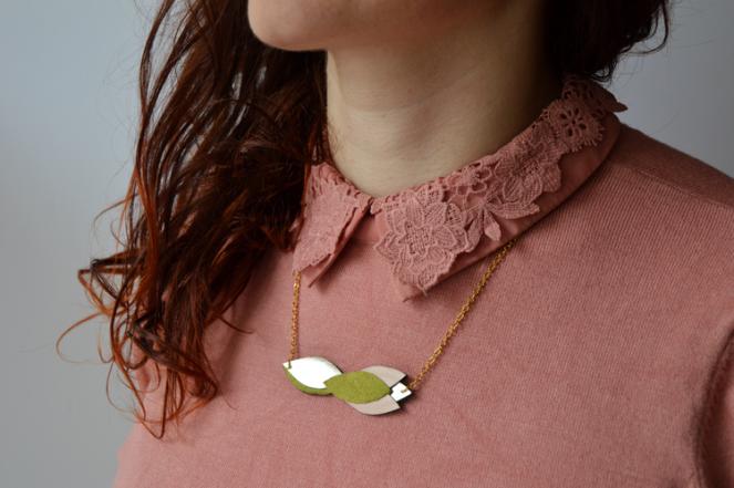 Fleur de Carotte necklace