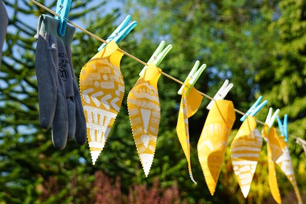 oil cloth diy outdoor bunting