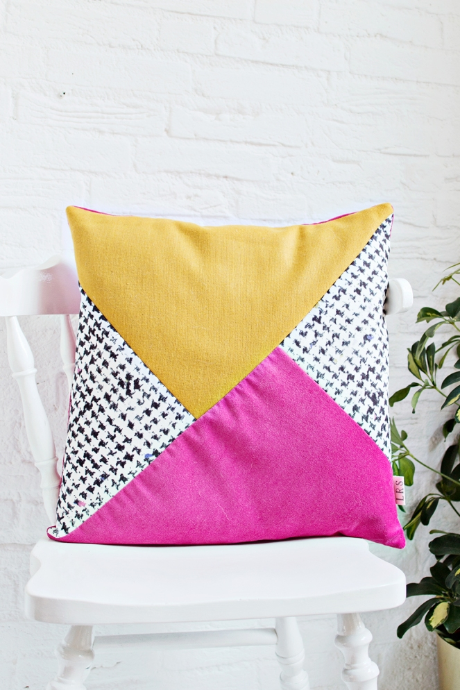 Bold colourblock cushion diy