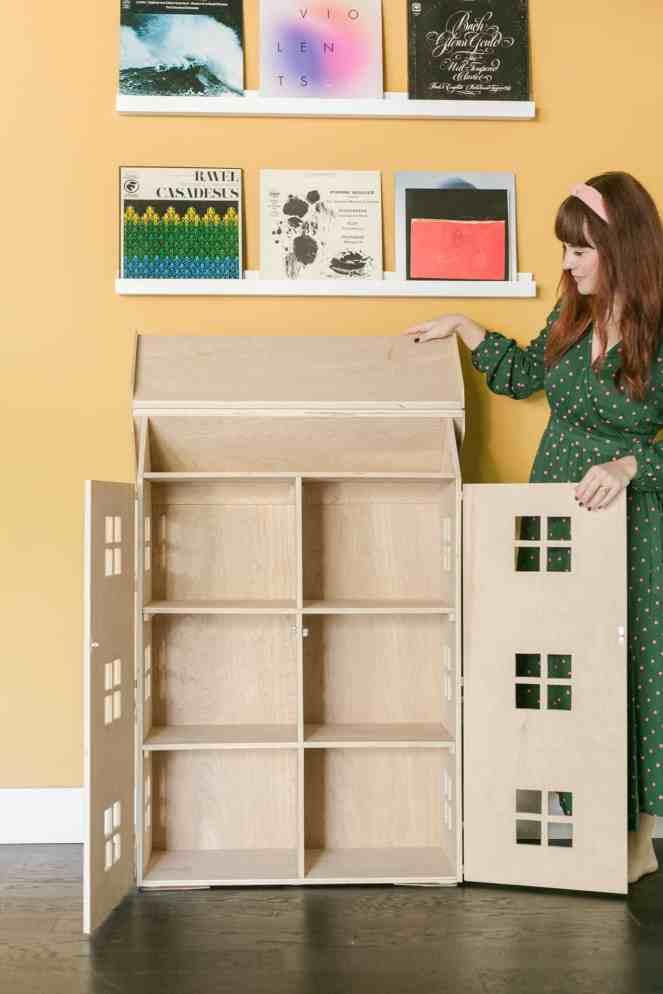 How-to-build-a-DIY-dollhouse-