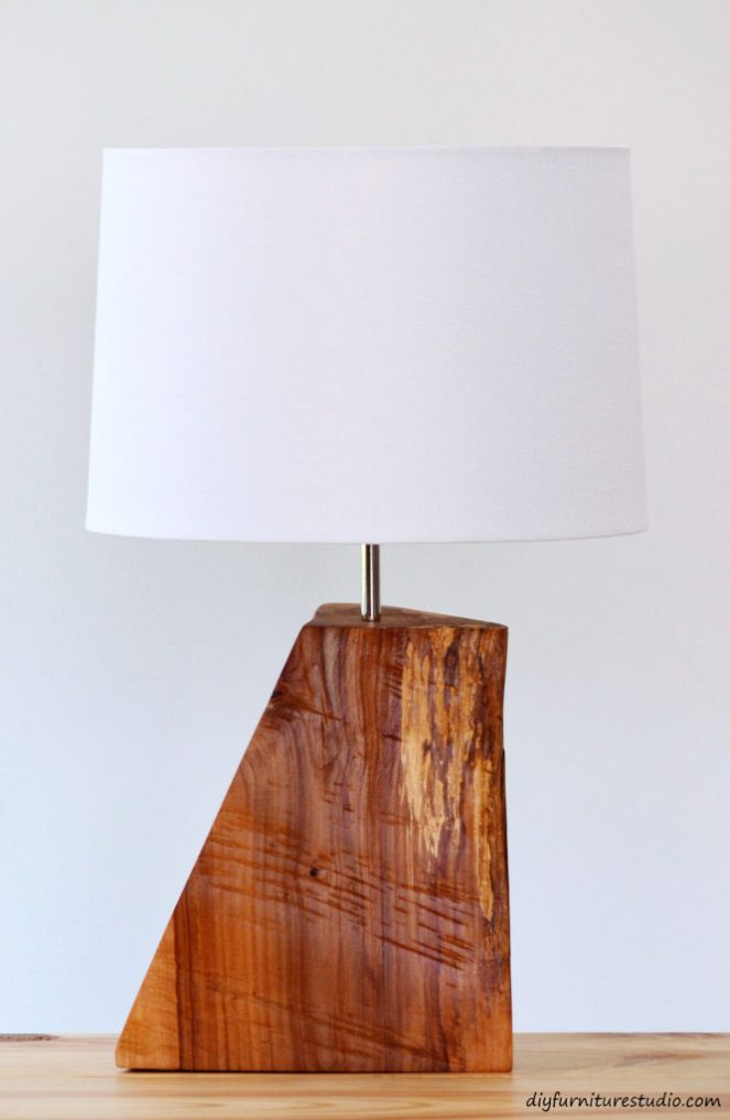 table-lamp-natural-wood-live-edge